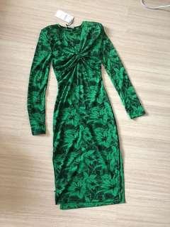 Zara Green Dress 💚