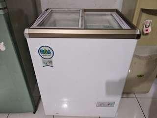 freezer 100liter RSA slide kaca