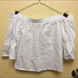 ❣️6ixty8ight White Off Shoulder Top 白色一字膊上衣