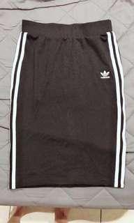 Adidas裙(正品)