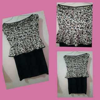 Dress leopard model peplum