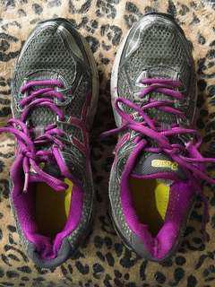 Authentic Asics Gel sports shoes
