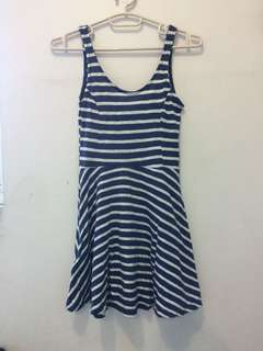 H&M blue striped dress