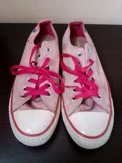 Authentic Converese All Star Chuck Taylor in Pink