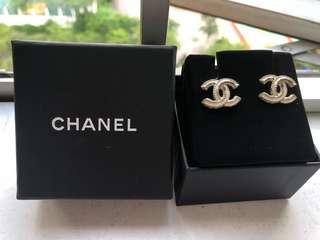 Chanel 耳環,八成新,冇單朋友送,100% real