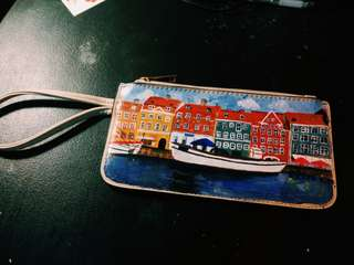 Hand-painted beige wristlet (prague)