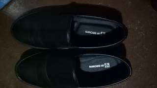 W.Brown Black Leather Casual Shoes