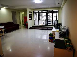 Nice 5-Room HDB @ Jurong West for rent