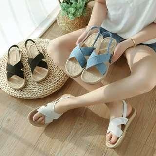 夏季休閒風 多色簡約好穿交叉設計後繫帶百搭平底涼鞋 平底拖鞋 羅馬涼鞋