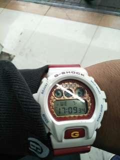 G Shock DW 6900 SC