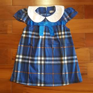 Burberry dress biru import (4T)