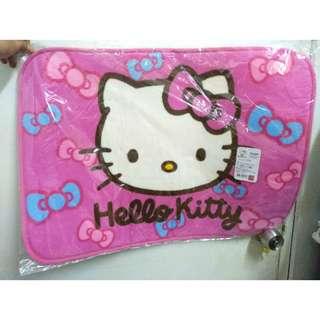 🚚 正版 hellokitty hello kitty 蝴蝶結 絨毛 地墊 地毯 腳踏墊