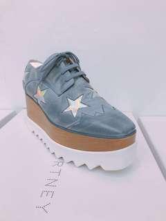 Stella blue sneaker
