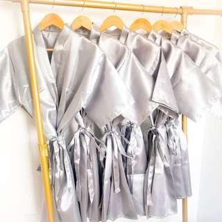 entourage robes