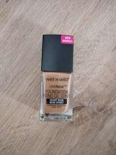 Wet & wild Foundation