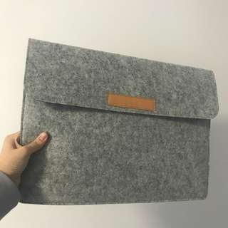 Felt grey laptop case