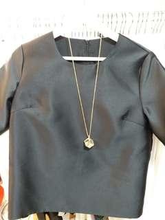 韓國黑色恤衫