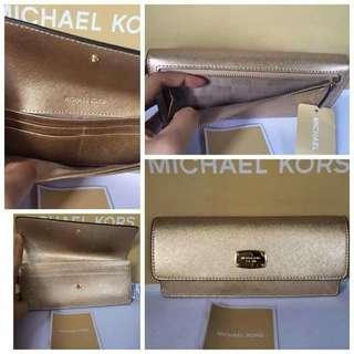 Michael Kors Jet Set Travel Flat Wallet From US
