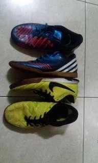 Cuci gudang sepatu futsal