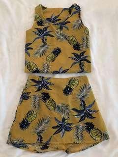 Coordinates top nd skirt