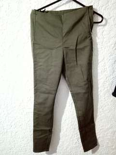 H&M army green highwaisted pants