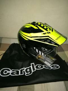 Helm Cargloss former racing