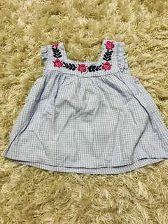 Tiny Button Embroidery Sleeveles Top