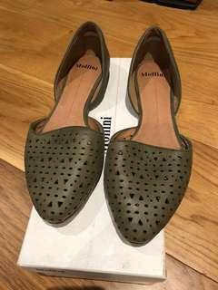 As new Mollini khaki leather flats