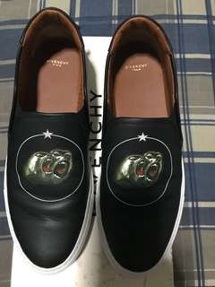 Givenchy  monkey Brothers Slip ON ( used twice) excellent condition