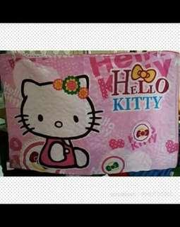 Sarung Bantal Hello Kitty