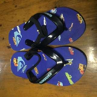 Original/brandnew quiksilver slippers for kids