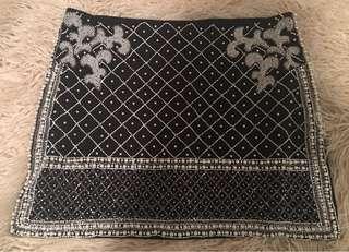 Vintage pearl black mini skirt - Bik Bok