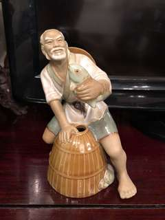 "Vintage Chinese Shiwan Clay Large 7"" Figurine Old Man Fisherman"