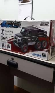 Rock Defender 6x6 wheeler