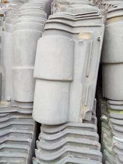 genteng rumah abu abu tua / roof tile