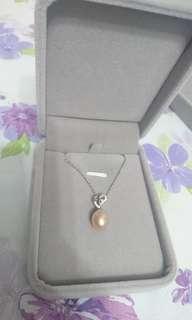 粉色淡水珍珠頸鏈