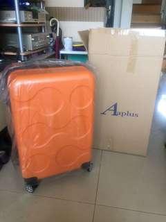 🚚 全新24吋普普橘旅行箱保固到年底