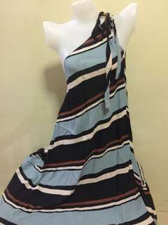 Maxi dress good as new! Branded dresses!