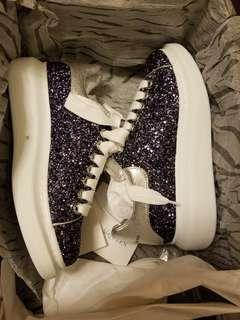 *蝕讓全新* McQueen Sneaker Glitter Midnight Blue