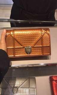 Diorama Wallet On Chain Pouch in Orange