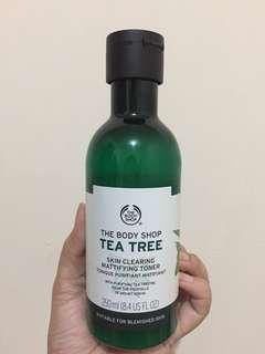BODY SHOP TEA TREE SKIN CLEARING MATTIFYING