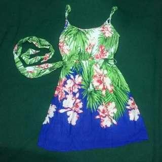 Stradivarius Hawaiian dress