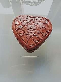 80年代漆器心形首飾盒(剔紅小盒)
