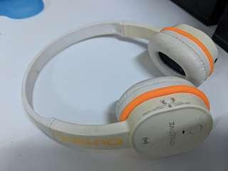 Creative Outlier wireless headphone