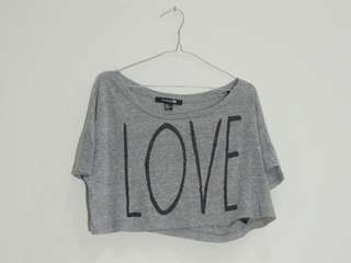 FOREVER 21 - CROPPED GREY TSHIRT