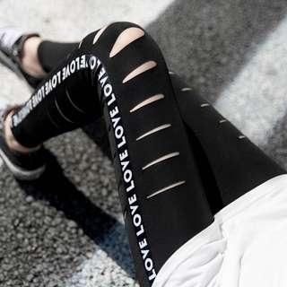 🚚 👸女韓版性感造型內搭褲👸$550 👸#獨特造型,著有休閒性感搭配,不僅是休閒性感更加有型👸 👸#顏色:黑色兩款造型👸 👸#尺寸:S,M,L,XL,2XL,3XL👸