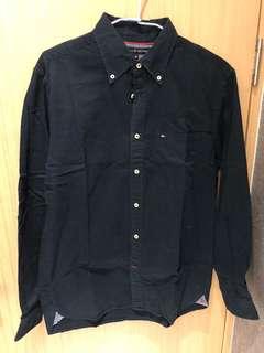 🚚 Tommy 深藍長袖素面襯衫 尺寸m