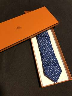 Hermès blue horse print tie 100% silk 真絲 藍馬圖呔 有盒
