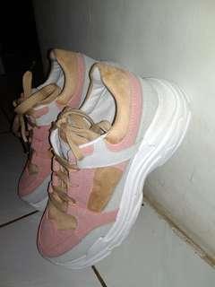 Sepatu Import New