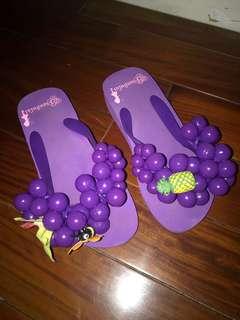 🚚 泡泡拖鞋